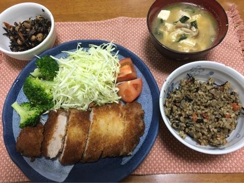 米パン粉の豚カツ